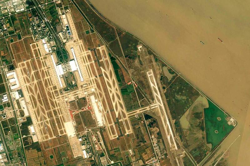 浦东机场一期、二期、三跑道、四跑道、五跑道工程